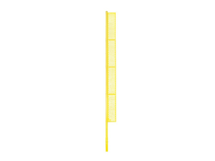 40′ Foul Pole